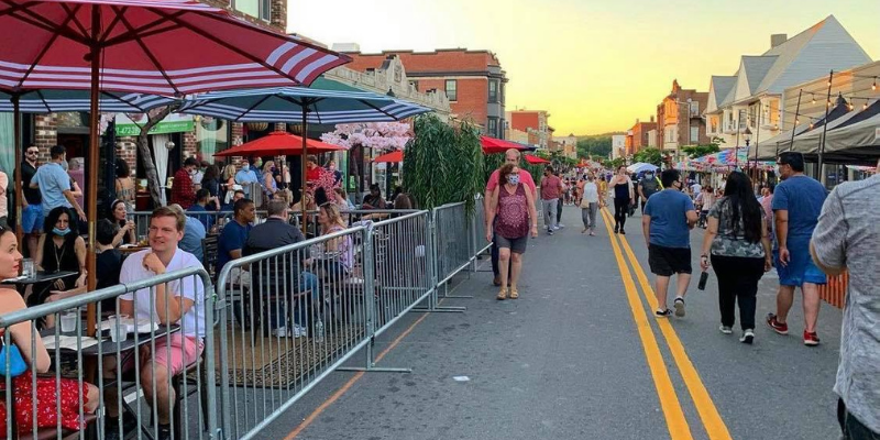 Support our local businesses! Outdoor dining/retail on Moody St open thru 10/31!